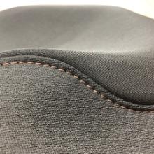 自動車シート縫製 縫い代調整装置